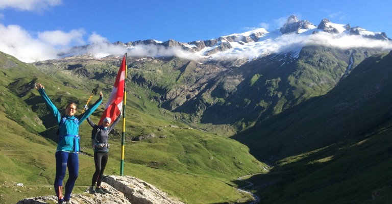 Mont Blanc Ultra Trail - A stunning morning to head into Italy from France: above the Mottets refuge